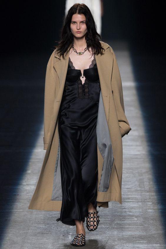 Alexander Wang Spring 2016 Ready-to-Wear Fashion Show - Lexi Boling: