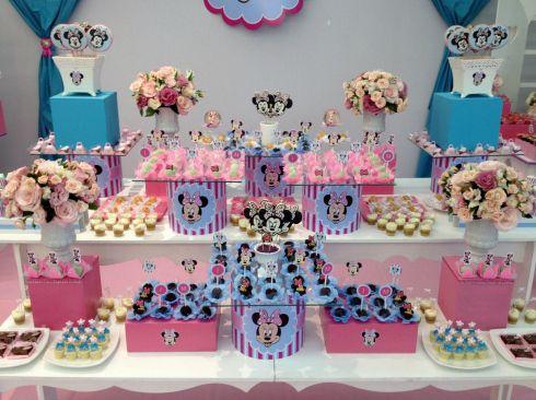 Festa Minnie, decoração rosa e azul.