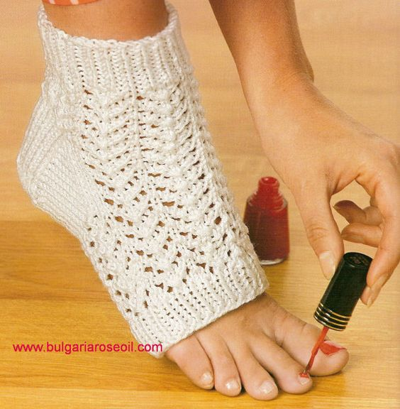 Knitting Pattern For Pedicure Socks : Pedicures, Sock and Pedicure socks on Pinterest