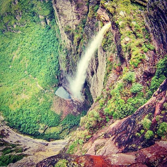 Mirante Cachoeira da Fumaça - Vale do Capão - Bahia, Brasil.