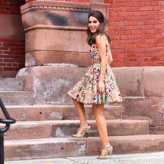 Lady like - wearing @alfreda_oficial Dress!