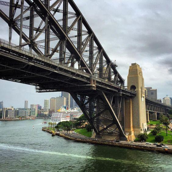 Sydney Harbour Bridge by cusbane0 http://ift.tt/1NRMbNv