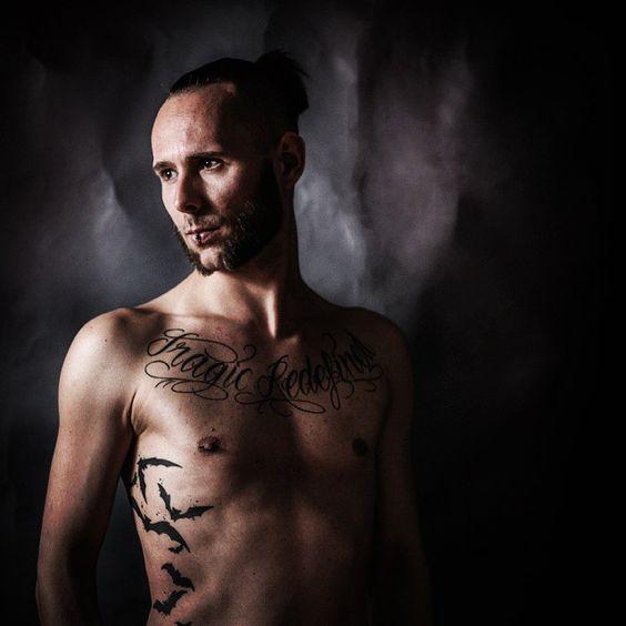 The face behind the cam... #selfie #gothic #goth #selbstportrait #rock #alternative #punk #vegan #photographie #portrait #veganissexy #bats #tattoo #beard #browneyes #photo #fotografie #inkedmen