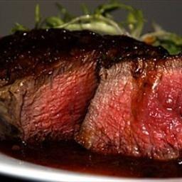 Pan-Seared Filet Mignon (Beef Tenderloin) with Shiraz Sauce from BigOven.com - this was delicious