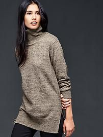 Snap turtle-neck sweater: