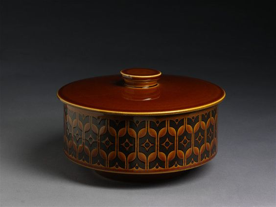 Vegetable dish and lid | Clappison, William John | V&A Search the Collections