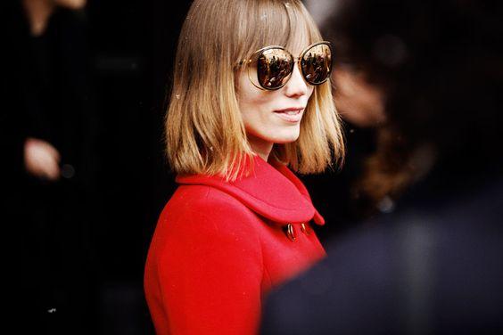 Fotos de street style en Milan Fashion Week: Las maxi gafas de Anya Ziourova