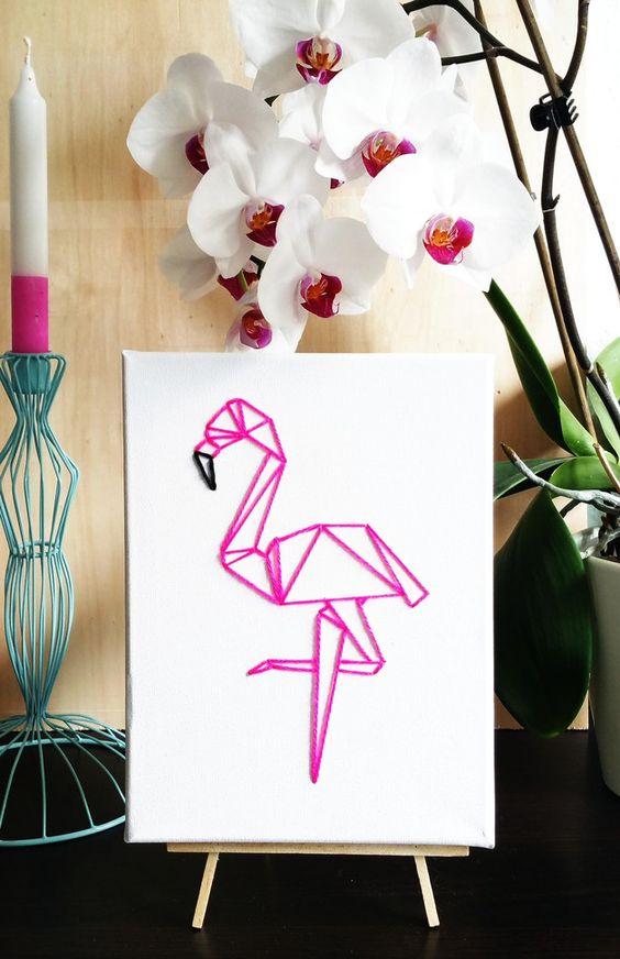 Wanddeko - Flamingo Origami Bild gestickt geometrisch - ein Designerstück von DasGewisseEtwas bei DaWanda