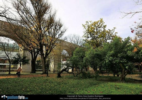 jardim das amoreiras by Maria Clara Eusebio
