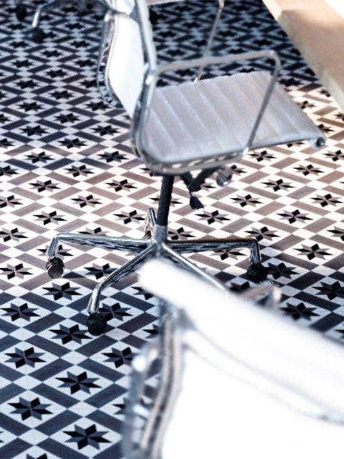 Cómo Limpiar Y Proteger Los Suelos De Mosaico Hidráulico Mosaico Hidraulico Mosaicos Trucos De Limpieza