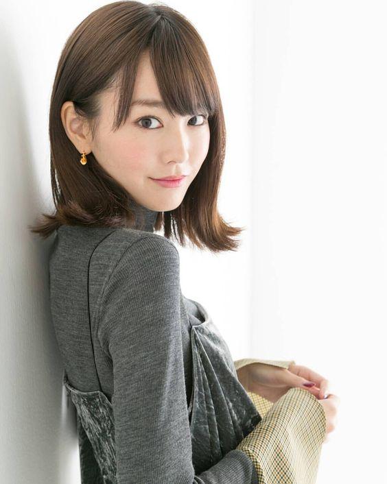 振り向きざまの桐谷美玲