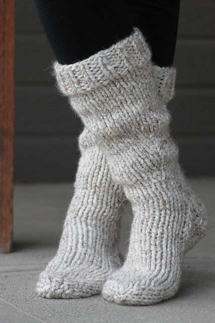 Knitting Pattern Chunky Bed Socks : 1000+ ideas about Slipper Socks on Pinterest Knitted Slippers, Crocheted Sl...