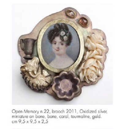SCHMUCK 2017 - Barbara Paganin -  - at AAD exhibition - Open Memory n°22 brooch: