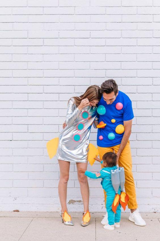 How to Make a Space Family Costume | studiodiy.com