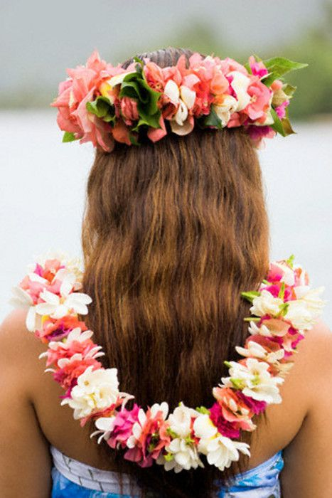 Beautiful Lei on a beautiful female with beautiful hair.