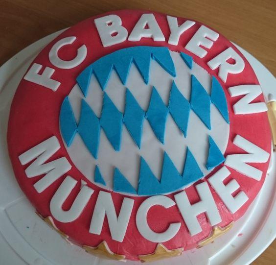 Klare Sache! Geburtstagstorte für einen FCB- Fan.