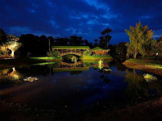El Jardín Botánico de Bogotá José Celestino Mutis es el jardín botánico más grande de Colombia. Es administrado por el Gobierno Distrital de Bogotá.: