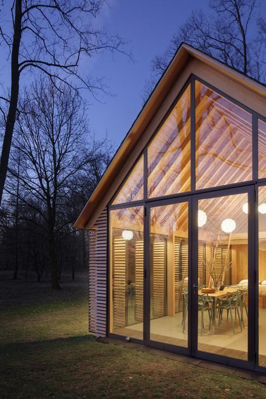 Cottage e casa in legno: vivere in campagna