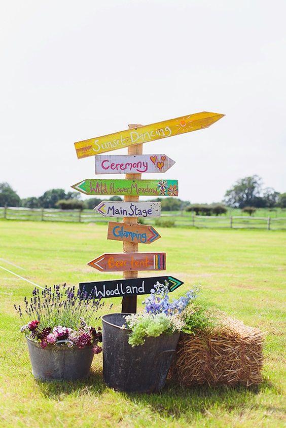 Get the festival wedding (wedstock!) look - Pretty themes - YouAndYourWedding