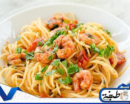 طريقة عمل مكرونة بالجمبرى للشيف علاء الشربينى بالصوص الاحمر و الابيض موقع طبخة Italian Recipes Italian Seafood Pasta Healthy Recipes