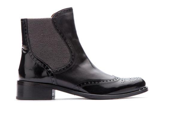 #Lottusse #Style #FW2014 #Urban #Black #Botín Piel resistente de aspecto brillante con acabado antic.Business funcional. Mantener lejos de las fuentes de calor. Limpiar con un paño suave de algodón.