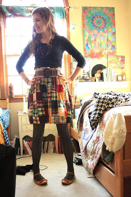 Adore this skirt (thrifted, of course). From Wardrobe Remix flickr pool.