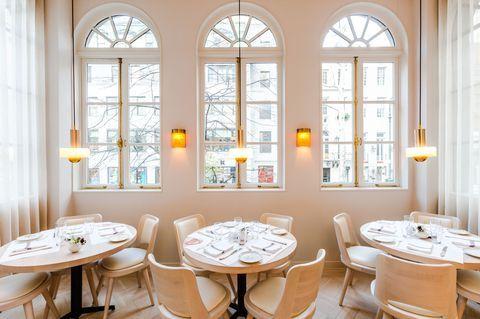 24 New York City Restaurants Open On Christmas Day Nyc Restaurants Restaurant New York Jojo Restaurant