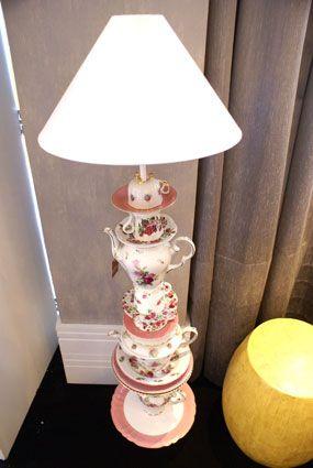 Luminária de chão com xícaras #criatividade