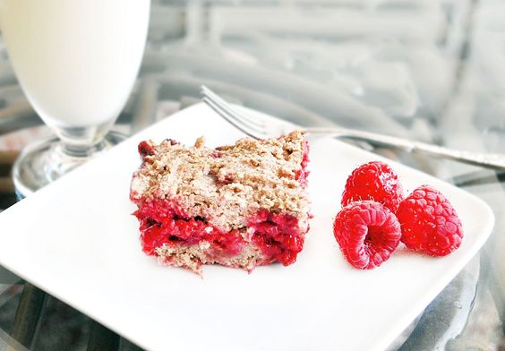 Berry cobbler bars