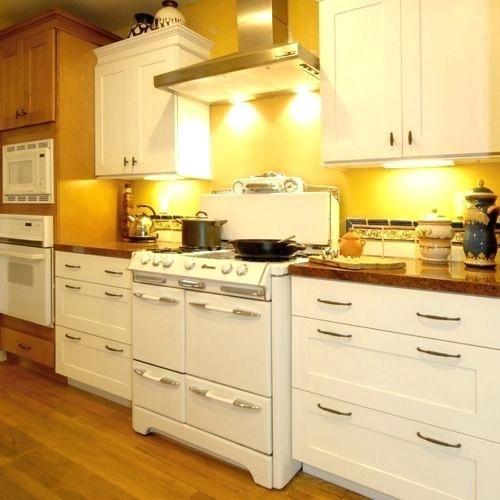 Heat Shields For Kitchen Cabinets Kitchen Cabinets Kitchen Design Kitchen Remodel