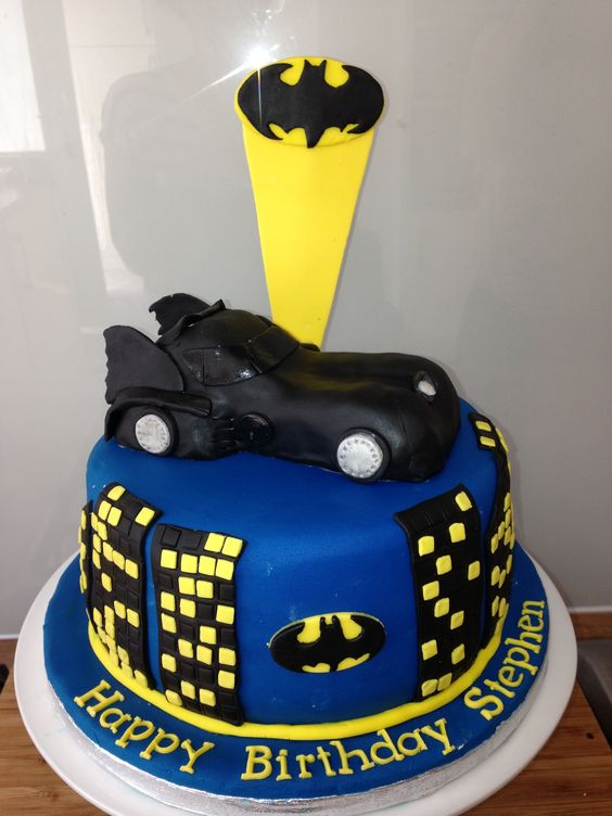 Cakes, Batman cakes and Batman on Pinterest