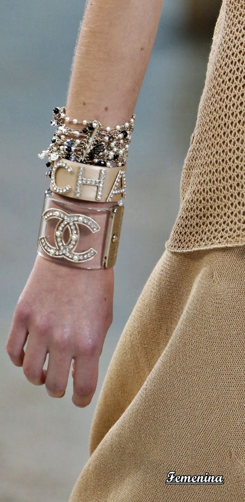 Chanel Spring Summer 2019 Rtw Details Jewelry Trendy Fashion
