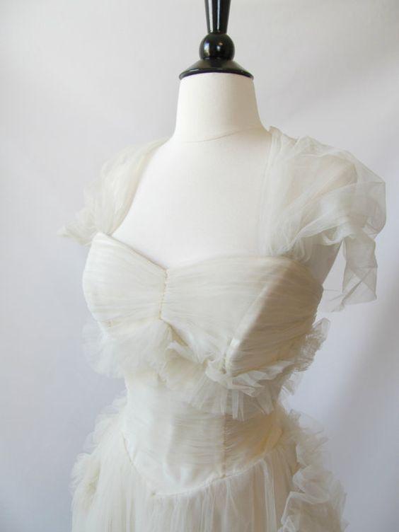 explore amazing wedding dress