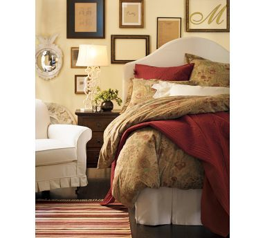Love this bedding, would match our furniture really well.  Also love the art arrangement!  I could do that...