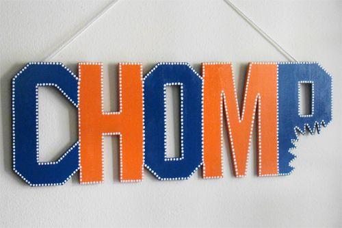 Chomp Sign