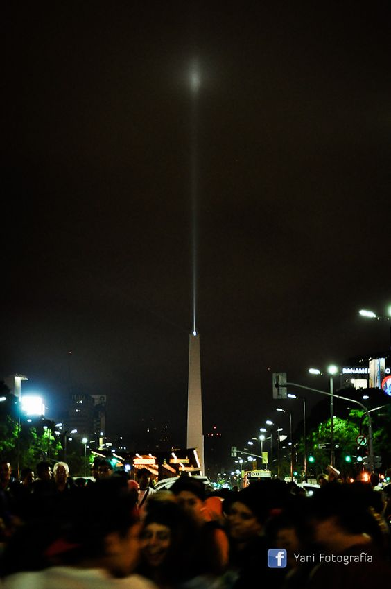 Obelisco Bueenos Aires https://www.facebook.com/media/set/?set=a.618603718181973.1073741838.180311928677823&type=1