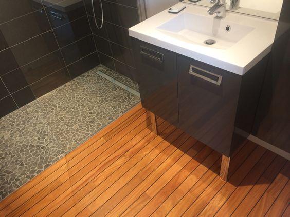 Parquet pont de bateau doussie teck salle de bain st for Entretien parquet teck salle de bain