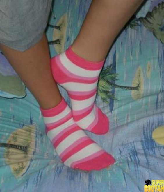 Gorgeous girl, Ankle socks and Pictures of on Pinterest