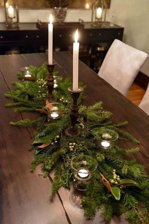 101 Inspiring Rustic Christmas Decoration Ideas That Will Amaze You In 2020 Christmas Centerpieces Christmas Table Decorations Christmas Table Centerpieces
