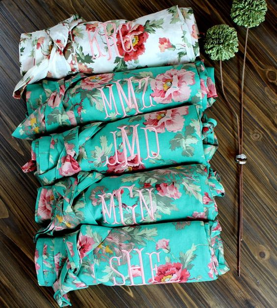 "Bridesmaid Robes set of 7 Cotton floral by 1ofakindWedding| ❥""Hobby&Decor""  inspirações! 