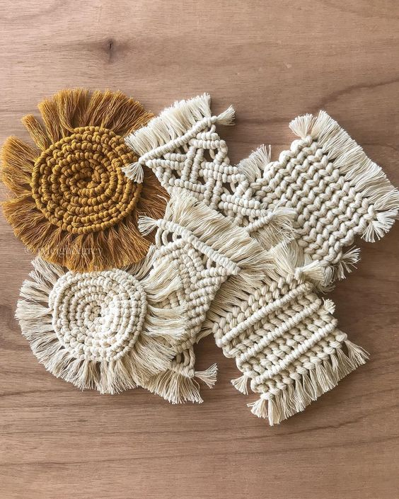 "Tiffany McCormick στο Instagram: ""Coasters anyone? How are we feeling about these gorgeous mustard/ochre/burnt orange coasters?! ? Adding these as a color option, as well…"""