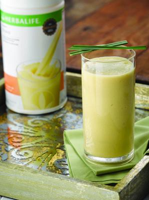 Shake Herbalife Mousse de Maracujá, Abacaxi e Capim Cidreira