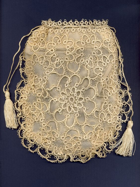 Tatted lace handbag with silk lining, American, ca. 1905-15, KSUM 1989.91.1.: