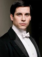 Thomas. (Rob James-Collier) The first footman. Thomas thinks he is a fine fellow and that most of his fellow workers are country bumpkins who know nothing. He is a liar and a petty thief and he is always on the look out for the main chance.