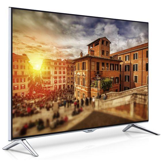 Panasonic TX-55CX400E este un LED ultra performant din gama 2015, un televizor de calitate înaltă, ce garantează reproducerea conţinutului video cât şi audio, la o calitate superioară.