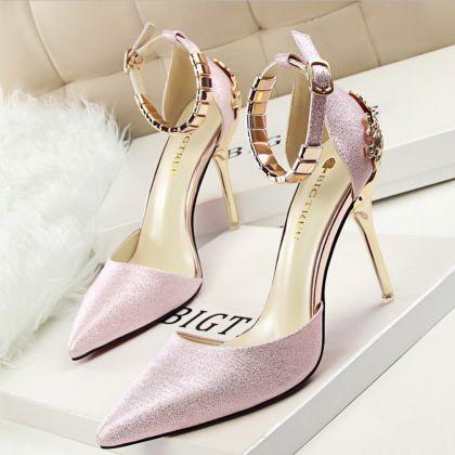 #shoes #womens #highheels #heels #weddingshoes #brand #womenshoes #Pumps #womenpumps #redhighheels #REDHIGTHEELS #WomanHighHeels #BrideShoe #pink