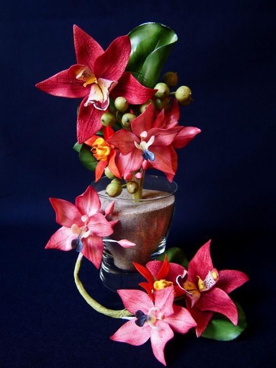 Orchid Bouquet made of gumpaste/ Orchideen-Gesteckaus Blütenpaste