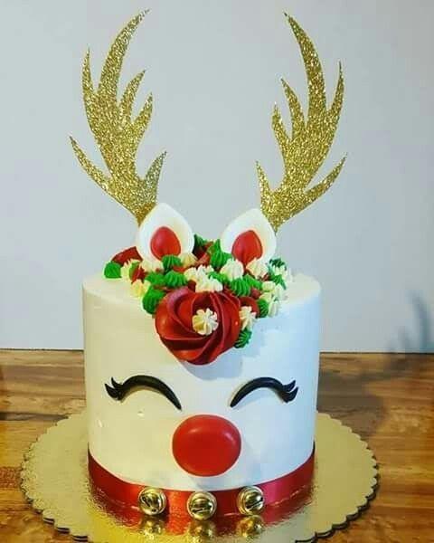 Reindeer Cake In 2019 Christmas Cake Designs Christmas
