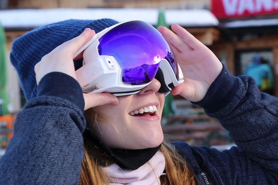 RideOn Augmented Reality Goggles for Snow Sports #eyewear #ar #goggles