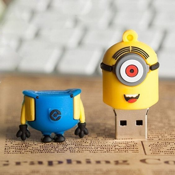 8GB Minion USB Flash Drive from Despicable Me - Electronics & Gadgets
